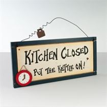 Kitchen Closed - Wooden Plaque