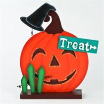 Treat - Halloween Stand